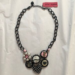 BETSY JOHNSON Alice in Wonderland Necklace NWT